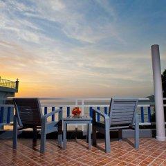 Отель At Zea Патонг балкон