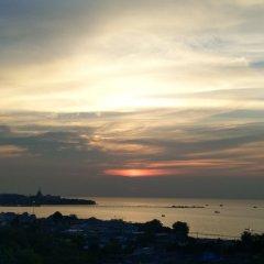 Отель Ruenthip Residence Pattaya пляж