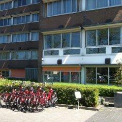 Отель New West Inn Нидерланды, Амстердам - 6 отзывов об отеле, цены и фото номеров - забронировать отель New West Inn онлайн спортивное сооружение