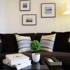 Отель The Grass Serviced Suites by At Mind комната для гостей фото 2
