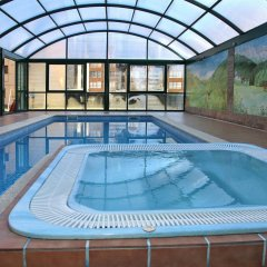 Отель Suite Aparthotel El Refugio de Aran Vielha бассейн фото 3