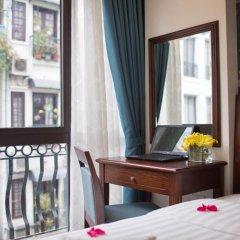 Holiday Emerald Hotel балкон