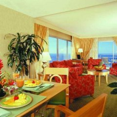 Ilikai Hotel & Luxury Suites питание фото 3