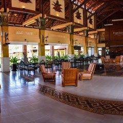 Отель Pandanus Resort бассейн
