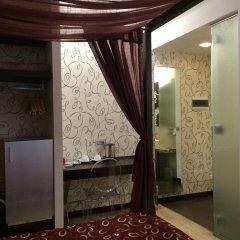 Отель ASPROMONTE Милан бассейн