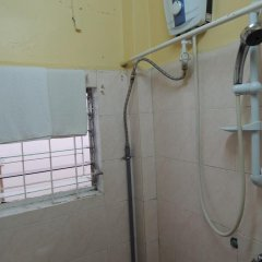 Отель Quynh An Villa Далат ванная