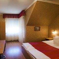 Arany Patkó Hotel & Restaurant сейф в номере