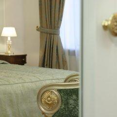 Гостиница Савой сейф в номере