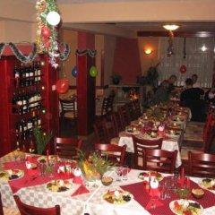 Отель Family Hotel Savov Болгария, Чепеларе - отзывы, цены и фото номеров - забронировать отель Family Hotel Savov онлайн помещение для мероприятий