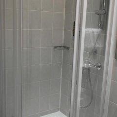 Hotel Attaché an der Messe ванная фото 2