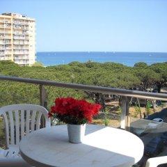 Отель PA Villa de Madrid Apartamentos Испания, Бланес - отзывы, цены и фото номеров - забронировать отель PA Villa de Madrid Apartamentos онлайн балкон