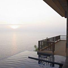 Отель Paresa Resort Пхукет приотельная территория