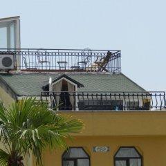 Отель Berk Guesthouse - 'Grandma's House' балкон
