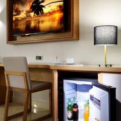 Отель Grand Palladium Punta Cana Resort & Spa - Все включено Доминикана, Пунта Кана - отзывы, цены и фото номеров - забронировать отель Grand Palladium Punta Cana Resort & Spa - Все включено онлайн удобства в номере фото 2