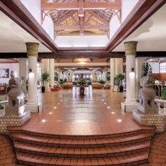 Отель Sokha Beach Resort гостиничный бар