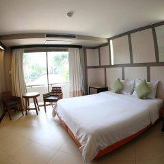 Отель Sea Breeze Jomtien Resort комната для гостей