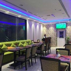 Отель Dream Palace Hotel ОАЭ, Аджман - отзывы, цены и фото номеров - забронировать отель Dream Palace Hotel онлайн гостиничный бар