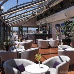 Отель Sofitel Roma (riapre a fine primavera rinnovato) гостиничный бар фото 2