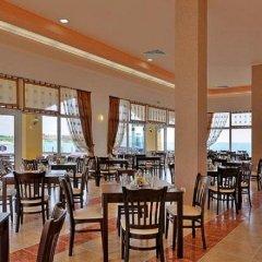 Отель Menada Grand Resort Apartments Болгария, Дюны - отзывы, цены и фото номеров - забронировать отель Menada Grand Resort Apartments онлайн питание фото 3