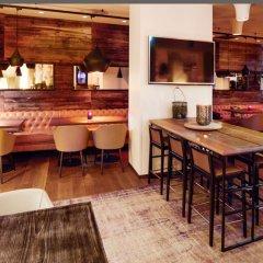 Clarion Hotel Admiral гостиничный бар