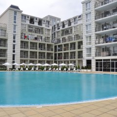 Отель Festa Pomorie Resort Поморие бассейн