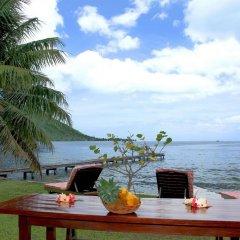 Отель Fare Vaihere Французская Полинезия, Муреа - отзывы, цены и фото номеров - забронировать отель Fare Vaihere онлайн пляж