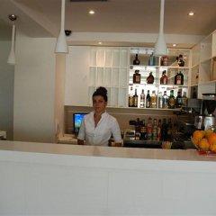 Hotel Lux Vlore гостиничный бар