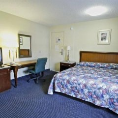 Отель Motel 6 Washington DC Convention Center США, Вашингтон - отзывы, цены и фото номеров - забронировать отель Motel 6 Washington DC Convention Center онлайн сейф в номере