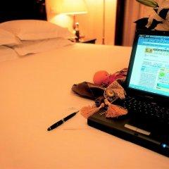 Отель Jianguo Hotel Shanghai Китай, Шанхай - отзывы, цены и фото номеров - забронировать отель Jianguo Hotel Shanghai онлайн интерьер отеля