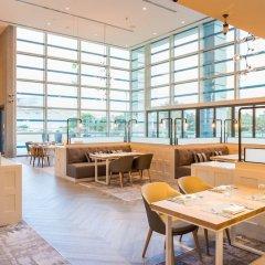 Отель Holiday Inn Dubai Festival City интерьер отеля фото 3