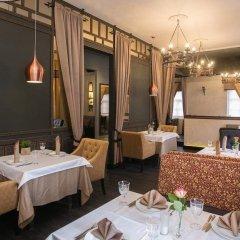 Гостиница Золотая Набережная в Пскове - забронировать гостиницу Золотая Набережная, цены и фото номеров Псков питание