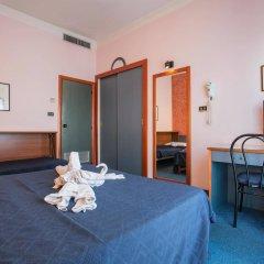 Отель Due Mari Римини удобства в номере