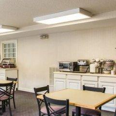 Отель Rodeway Inn And Suites On The River Чероки фото 2
