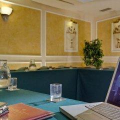 Отель Corona Ditalia Италия, Флоренция - 1 отзыв об отеле, цены и фото номеров - забронировать отель Corona Ditalia онлайн помещение для мероприятий