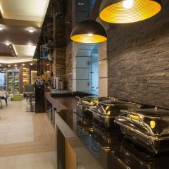 Отель SG Amira Boutique Hotel Болгария, Банско - отзывы, цены и фото номеров - забронировать отель SG Amira Boutique Hotel онлайн гостиничный бар