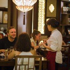 Отель Oriental Suites Ханой гостиничный бар