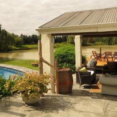 Отель Broadlands Country House бассейн