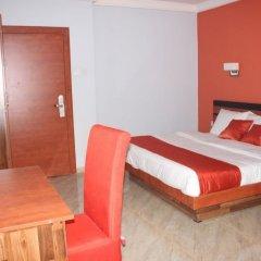 Отель Dannic Hotels Enugu комната для гостей