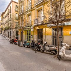 Отель Hostal Met Madrid