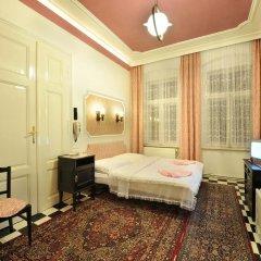 Отель Pension Amadeus комната для гостей фото 3
