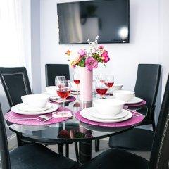 Отель Flat 2, Falcondale House 5 South Cliff Великобритания, Истборн - отзывы, цены и фото номеров - забронировать отель Flat 2, Falcondale House 5 South Cliff онлайн питание фото 2