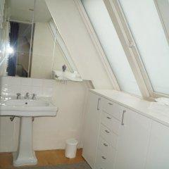 Отель Holiday Home Bridge House Бельгия, Брюгге - отзывы, цены и фото номеров - забронировать отель Holiday Home Bridge House онлайн ванная
