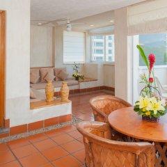 Отель ELOISA Пуэрто-Вальярта комната для гостей