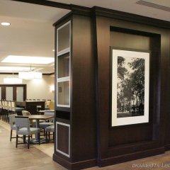 Отель Hampton Inn by Hilton Toronto Airport Corporate Centre Канада, Торонто - отзывы, цены и фото номеров - забронировать отель Hampton Inn by Hilton Toronto Airport Corporate Centre онлайн питание фото 3