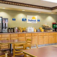 Отель Days Inn by Wyndham Lake City I-75 США, Лейк-Сити - отзывы, цены и фото номеров - забронировать отель Days Inn by Wyndham Lake City I-75 онлайн питание