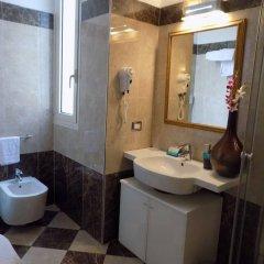 Отель Villa Del Mare Римини ванная фото 2