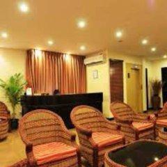Отель BAANI Мале интерьер отеля