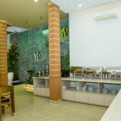Отель Lucky Hotel Nha Trang Вьетнам, Нячанг - отзывы, цены и фото номеров - забронировать отель Lucky Hotel Nha Trang онлайн бассейн фото 2