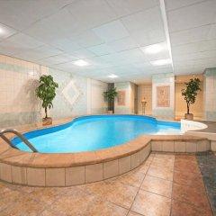 Hotel Dnipro бассейн фото 2