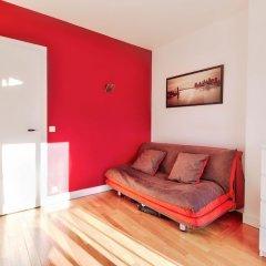 Апартаменты Charming parisian Apartment - Monge комната для гостей фото 5